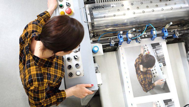 Drukwerk, zelf printen of digitaal versturen? Mijn tips voor de juiste keuze